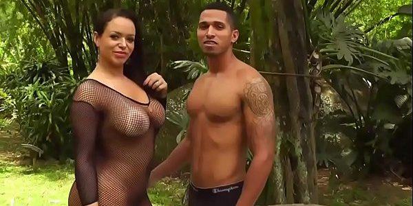 Angel Lima fode com um fã sem camisinha